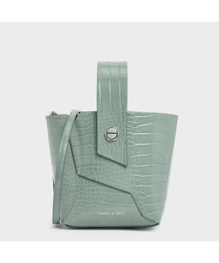 モトカレマニア/新木優子のバック(鞄)のブランドや値段は?