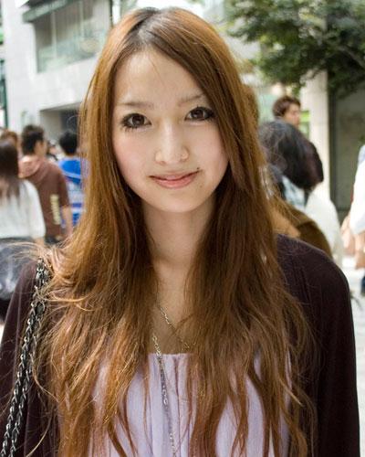 加藤紗里の卒業アルバムの写真が清純派!